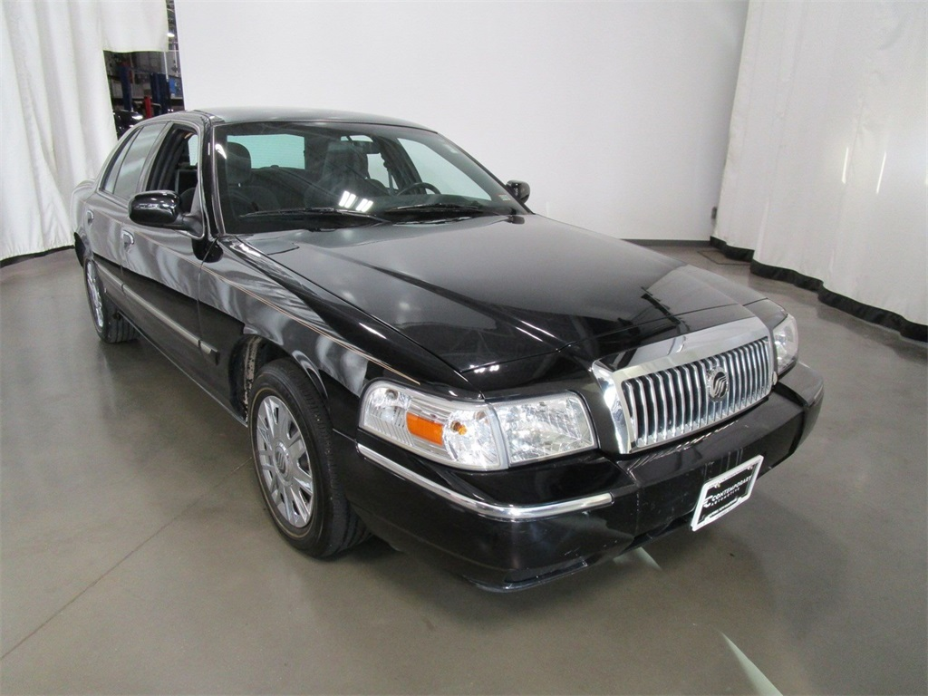 Pre-Owned 2006 Mercury Grand Marquis